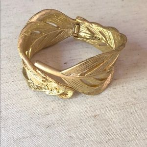 Chloe and Isabel Sculpted Feather Hinged Cuff